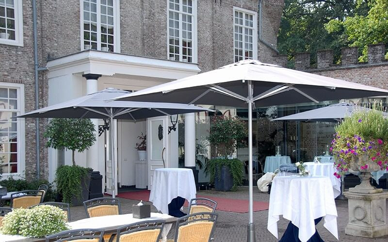 Solero parasols type Patio